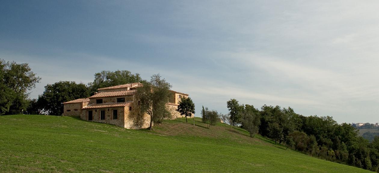 Monterotondo slide tenuta del gabbro for Casa design monterotondo